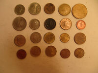 MIXED LOT OF FOREIGN COINS  18