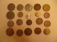 MIXED LOT OF FOREIGN COINS  29 .