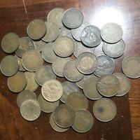 LOT OF 40   CANADA LARGE CENT COINS MIXED DATES  ALL EARLY 1