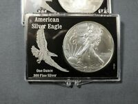 2013 AMERICAN SILVER EAGLE DOLLAR IN BLACK SNAP LOCK CASE
