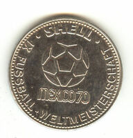 WEST GERMANY 1970 WORLD CUP HELD IN MEXICO HEINZ SCHNELLINGER  29MM