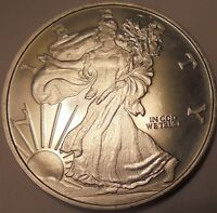 WALKING LIBERTY SILVER PLATED COIN  30 GRAMS IN WEIGHT & 40 MM DIAMETER. N.R.