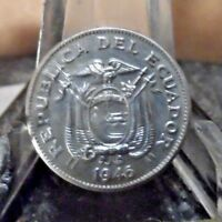 CIRCULATED 1946 5 CENTAVOS ECUADOR COIN  80218  ..FREE DOMESTIC SHIPPING