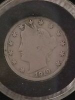 1910 CIRCULATED LIBERTY V NICKEL - IN AIR-TITE COIN CAPSULE WITH HOLDER