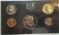 1972 S UNITED STATES PROOF SET WITH KENNEDY HALF DOLLAR