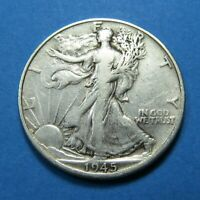 1945-D WALKING LIBERTY HALF DOLLAR  90 SILVER  COMBINED SHIPPING  LOT 1737