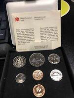 CANADIAN COIN   ROYAL CANADIAN MINT SET   1979  WITH TRACKIN