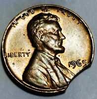 1965   LARGE CURVED CLIP LINCOLN MEMORIAL CENT MINT ERROR LOT 3645