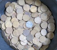 WHEAT BACK PENNIES  BAG OF APPROXIMATELY 200 COINS   MIXED DATES: 1940 TO 1949