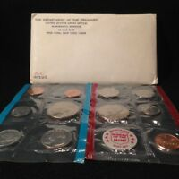 GEM 1972 US MINT SET IN ORIGINAL GOVERNMENT PACKAGING  BOTH P & D MINT ISSUES