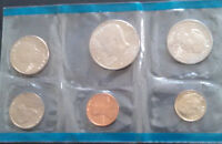 1989 P MINT SET IN ORIGINAL CELLO WITH SUSAN B ANTHONY DOLLAR