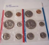 1977 P/D US MINT UNC COIN SET W/LARGE IKE DOLLARS IN ORIGINAL ENVELOPE