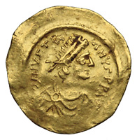 JUSTINIAN I. GOLD TREMISSIS AD 527 565. CONSTANTINOPLE. VICTORY