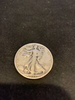 1935 D WALKING LIBERTY HALF DOLLAR 90 SILVER IN  CONDITION