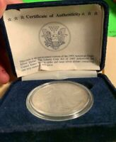 1993 SILVER EAGLE.  PRESENTATION BLUE BOX. FREE SHIP. PRICED TO SELL