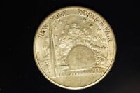UNDATED 1939 NEW YORK WORLD'S FAIR MUSIC HALL MEDAL
