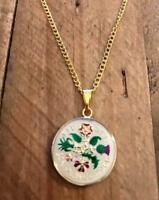 VINTAGE ENAMELLED SIXPENCE COIN 1966 PENDANT & NECKLACE. GRE