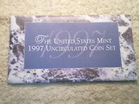 1997 U.S. UNCIRCULATED MINT SET/ SET IN AVERAGE CONDITION/ WOW