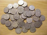 A COLLECTION OF 50 SIXPENCE COINS   DATES 1948   1967