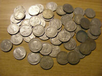 A COLLECTION OF 50 SIXPENCE GEORGE VI & ELIZABETH II COINS