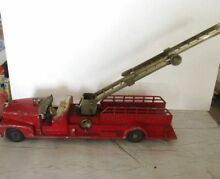 hubley 1950 s large 520 fire truck