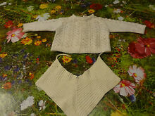 raynal for little baby or doll bib knitted
