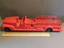 hubley large 1950 s red fire dept truck