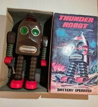 thunder robot battery operated me200 space tin