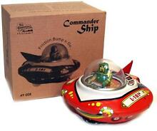 tin toy wind up ufo space ship