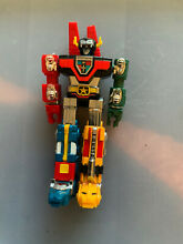 voltron bandai toy 1981 6 inch height