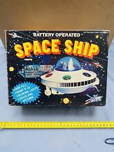 flying saucer space ship tin spielzeug ufo hong