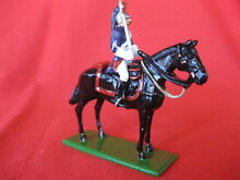 britains lead toy soldier mounted fantassin