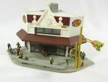 tomix n scale 4215 corner store build up