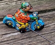 motorcycle hk clown tin toy wind up 561 w