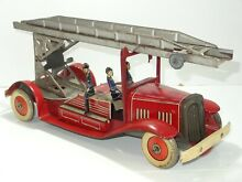 mettoy tinplate fire engine figures 324 c