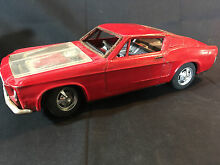 bandi old red ford mustang tin toy car