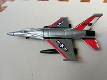 road champs die cast f 16 jet fighter aircraft
