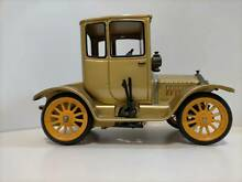 technofix schuco wind up musical ford coupe