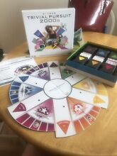 hasbro trivial pursuit 2000s board game