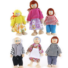 wooden puppet 6pcs toys cartoon family dolls for