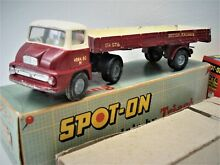 triang spot on thames trader box trailer original