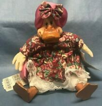 russ berrie country folks mrs quackmire sitting