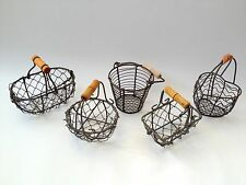 MINI WIRE BASKET SMALL SHABBY VINTAGE WEDDING FAVOUR EASTER EGG HOLDER 5 DESIGNS