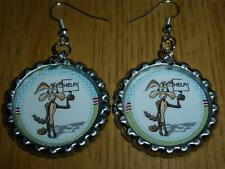 LOONEY TUNES ROAD RUNNER TAZ BUGS DANGLE EARRINGS BOTTLE CAP IMAGES PARTY GIFTS