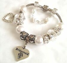 Luxury white charm bracelet in gift box for wedding family gifts