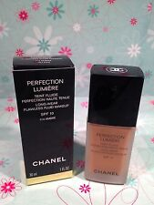 Chanel Perfection Lumiere Long Wear Flawless Fluid Makeup SPF 10 Foundation New