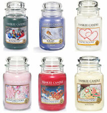 YANKEE CANDLE LARGE 22oz FESTIVE CHRISTMAS COLLECTION - 110-150 HOURS BURN TIME.