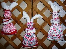 KITCHEN BUNNIES~Wall Decor~Handcrafted~Valentines Day~Designs Vary~NEW~FREE SHIP