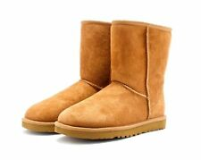 UGG CLASSIC SHORT BOOTS WOMEN COLOR CHESTNUT STYLE 5825 *FREE SHEEPSKIN CLEANER*