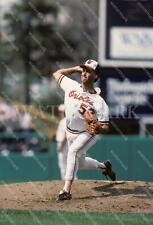 RA489 Mike Flanagan Orioles Pitching To The Batter MLB 8x10 11x14 16x20 Photo
